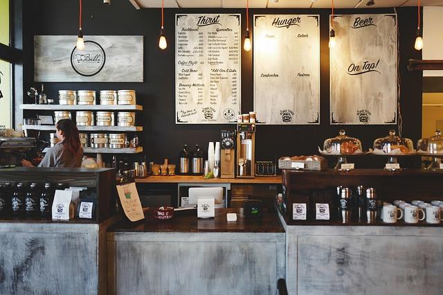 obsluha kavárny.jpg