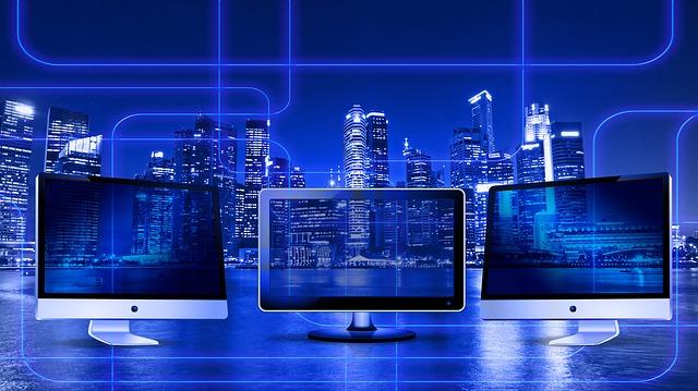 město a monitory