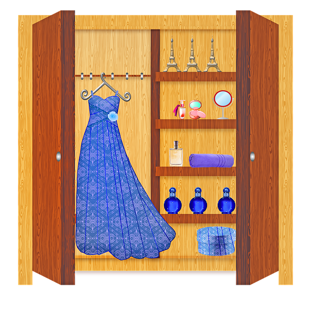 šatna, dámská skříň