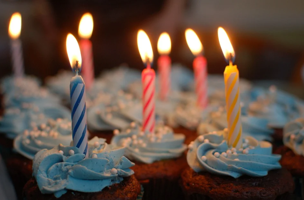 narozeninové muffiny